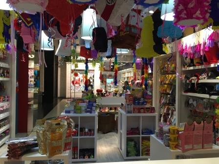 LOCAL DE PLANETA FIESTA EN UNICENTER SHOPPING
