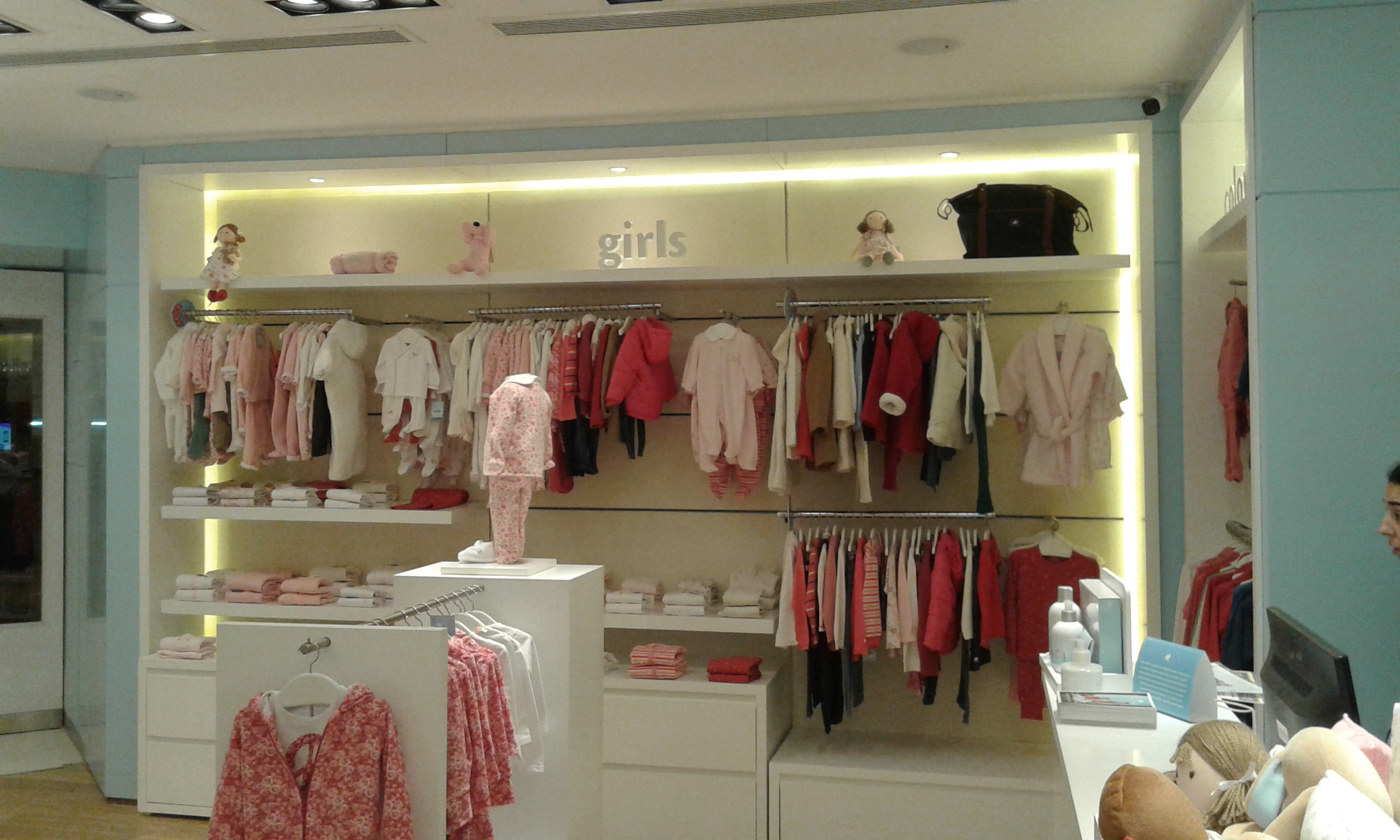 Local Baby Cottons - Unicenter Shopping