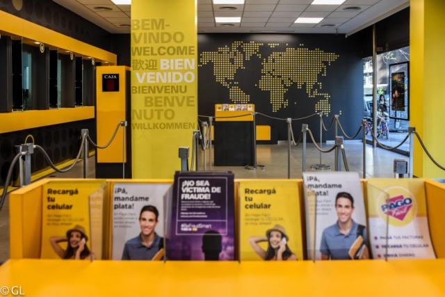 Local de Western Union Pago Fácil en Av. Córdoba y Montevideo